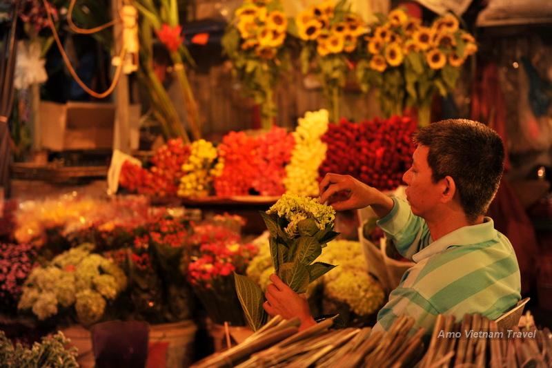 Hidden Hanoi Cycing 1/2 Day   Vanasia Travel